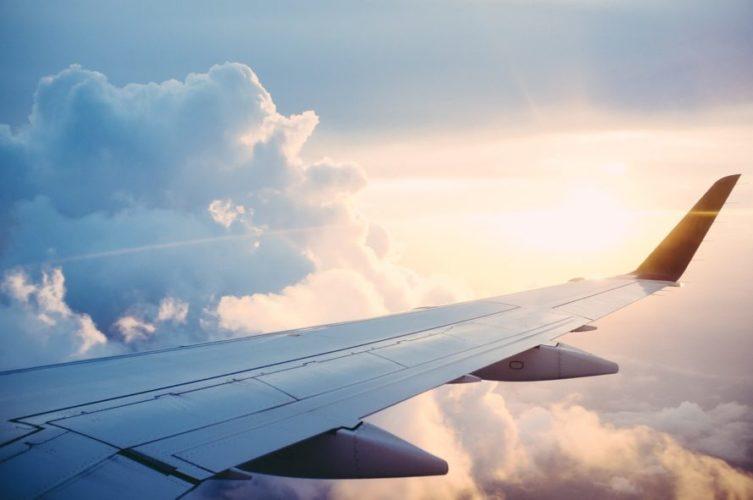飛行機の座席の選び方|3-3-3の場合(個人的見解)